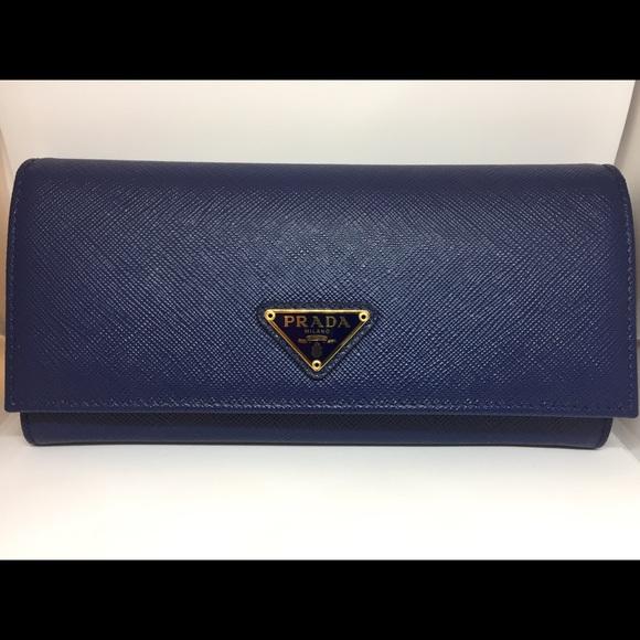 5af1faf46fc4 Prada Saffiano Leather Continental Flap Wallet NWT